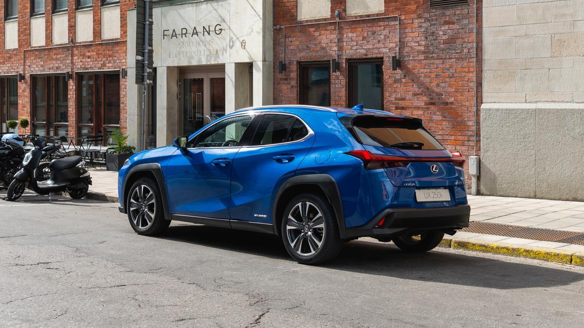 Lexus UX 2018 review | price, performance, economy, safety