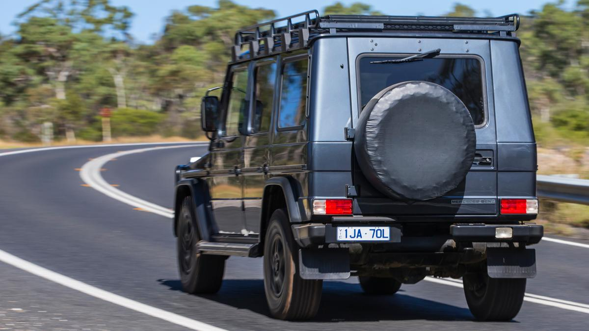 Best 4WD: Mercedes-Benz G300CDI?Professional?review   Drive