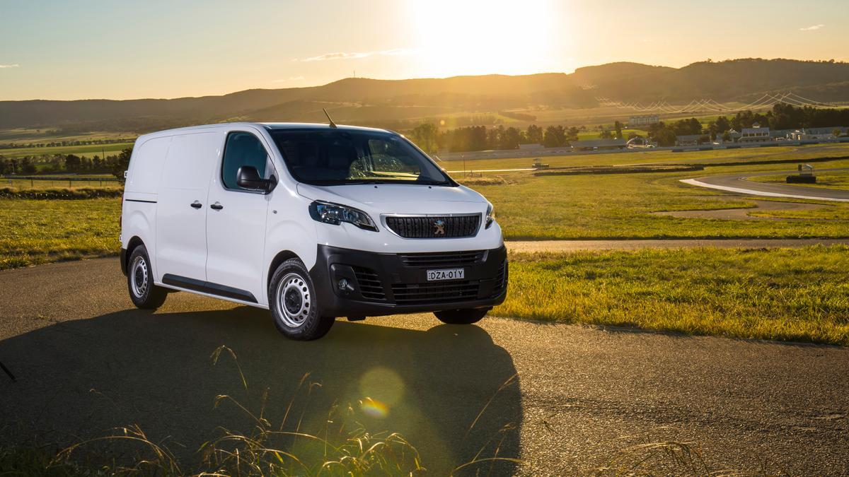 Commercial Vehicle of the Year | 2019 Best Medium Van