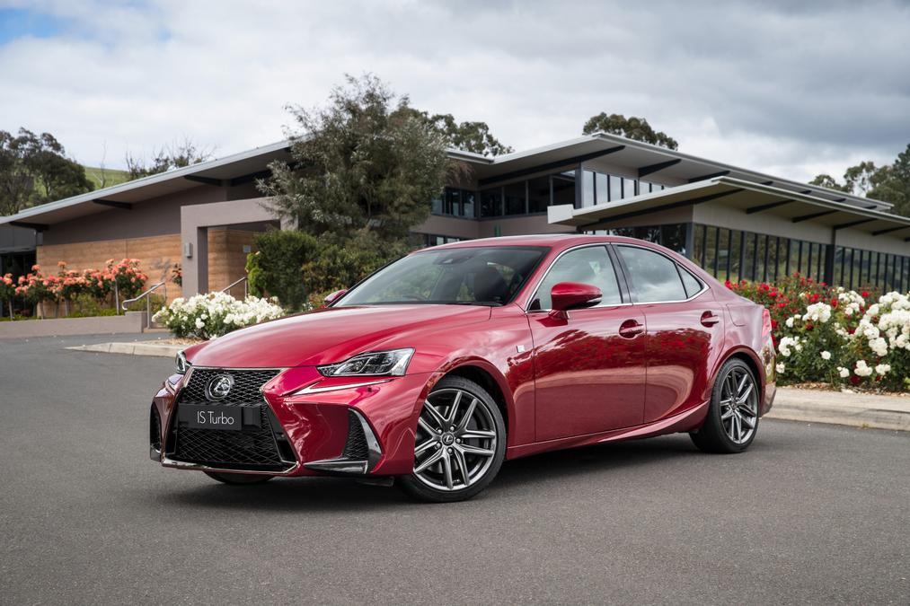 Lexus IS 2019 Range Review   Price, features and performance