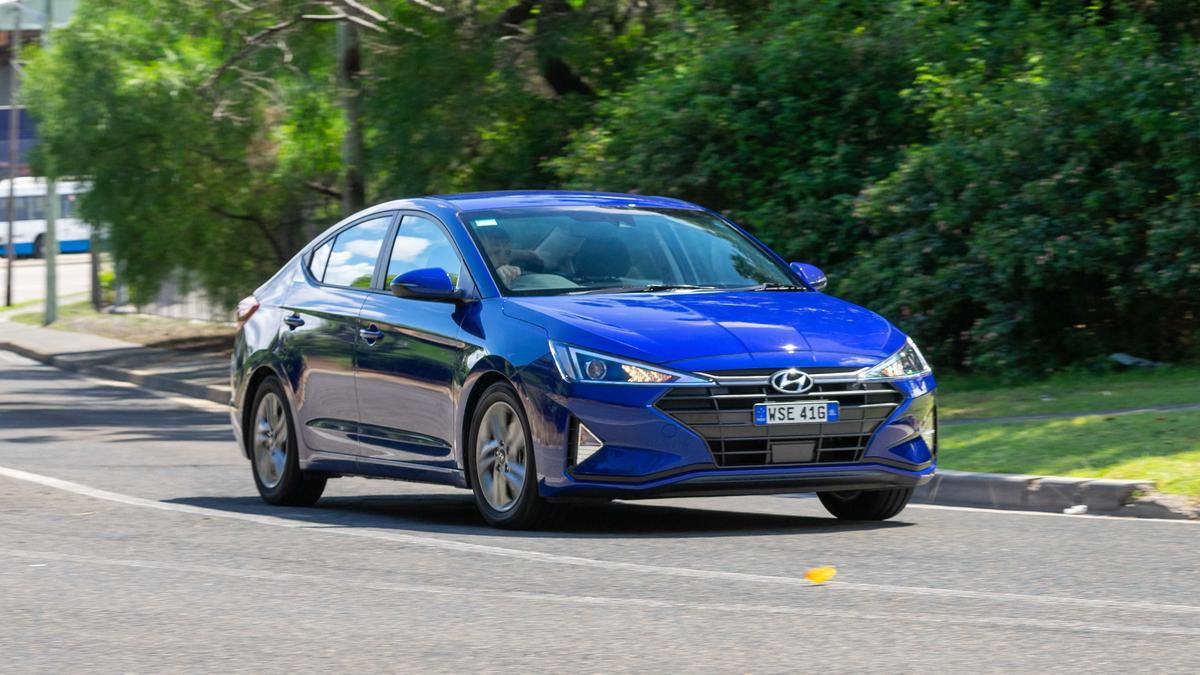 Hyundai Elantra 2019 Range Review | Price, Overview