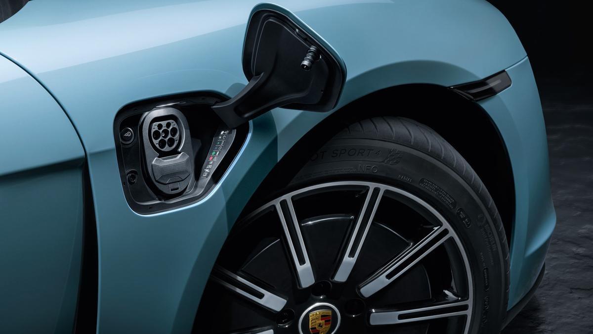 2020 Porsche Taycan 4s Revealed Drive Car News