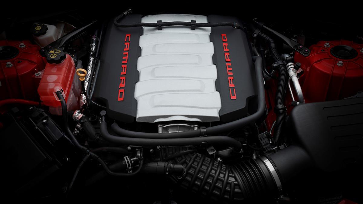 Chevrolet Camaro 2018 new car review   performance, price