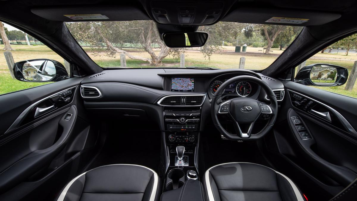 2019 Infiniti Q30 2 0T review   Power, Specs and Features