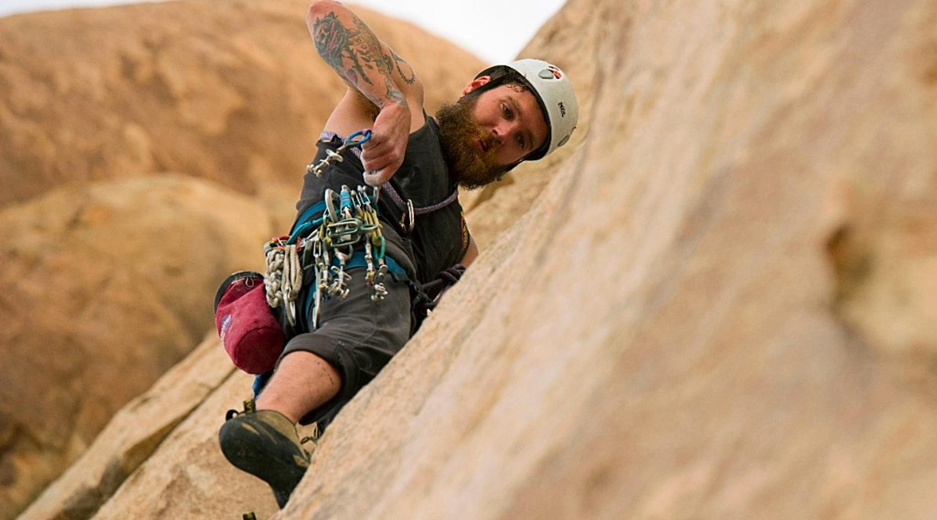 Rock Climbing Top Rope Anchors in Chickies Rock