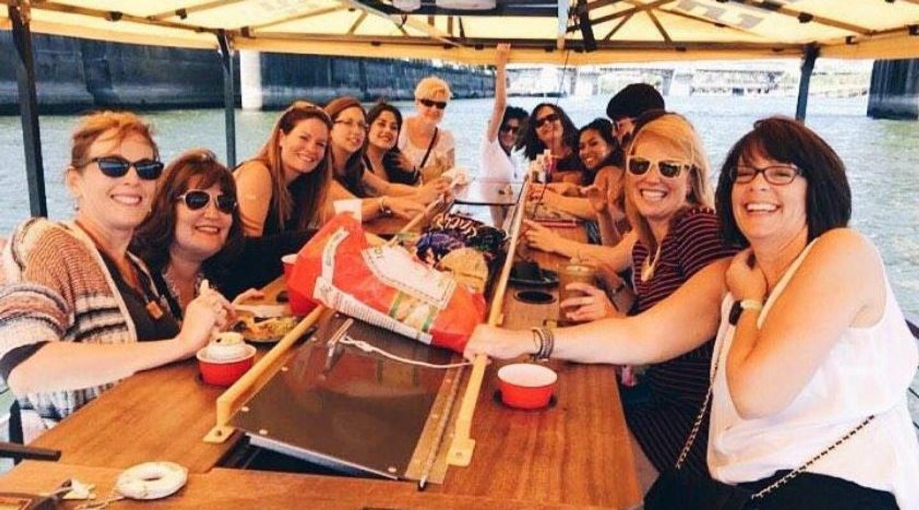 Pedal-Powered Boat Beer Tour in Portland