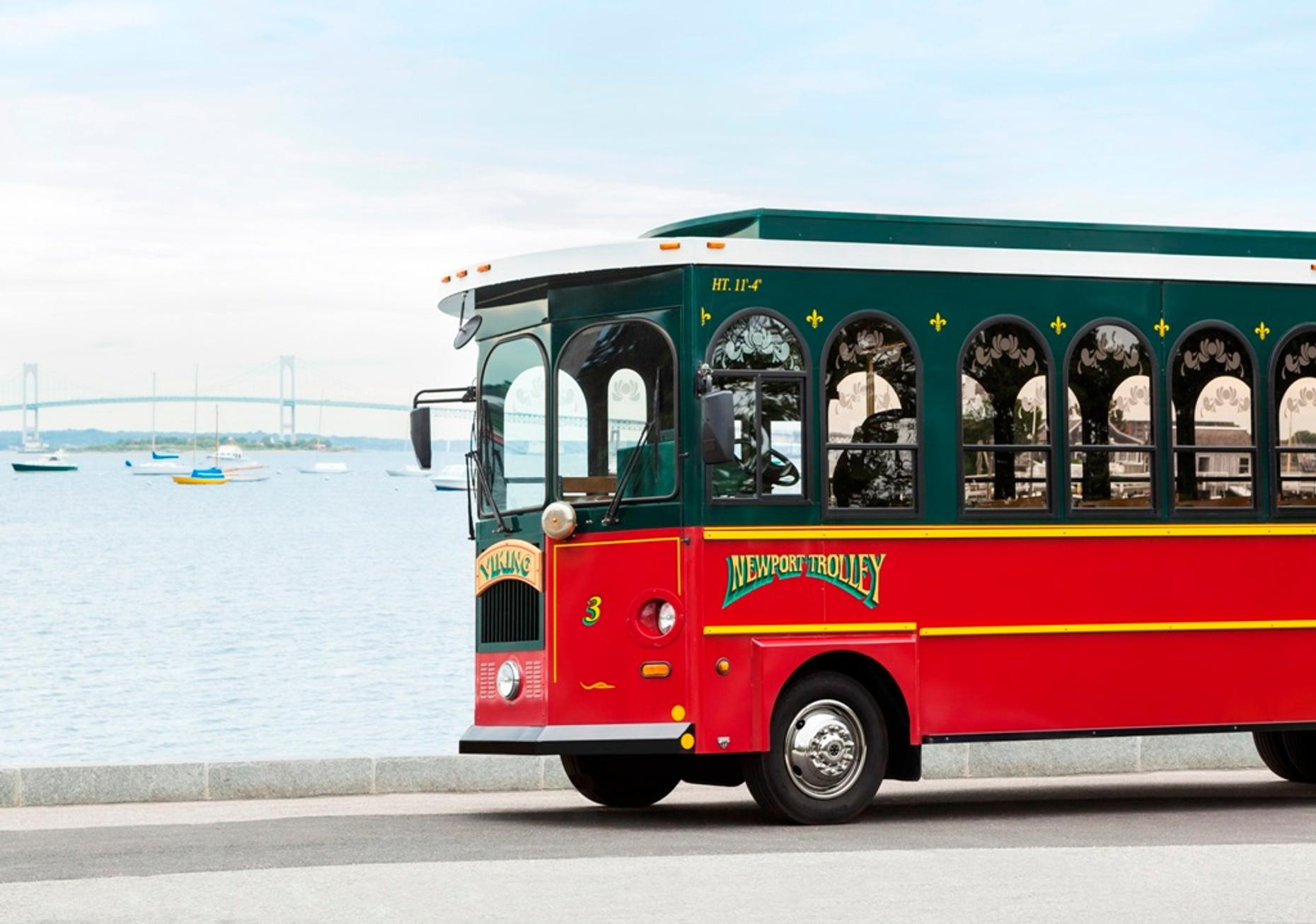 4-Hour Vanderbilts Trolley Tour in Newport