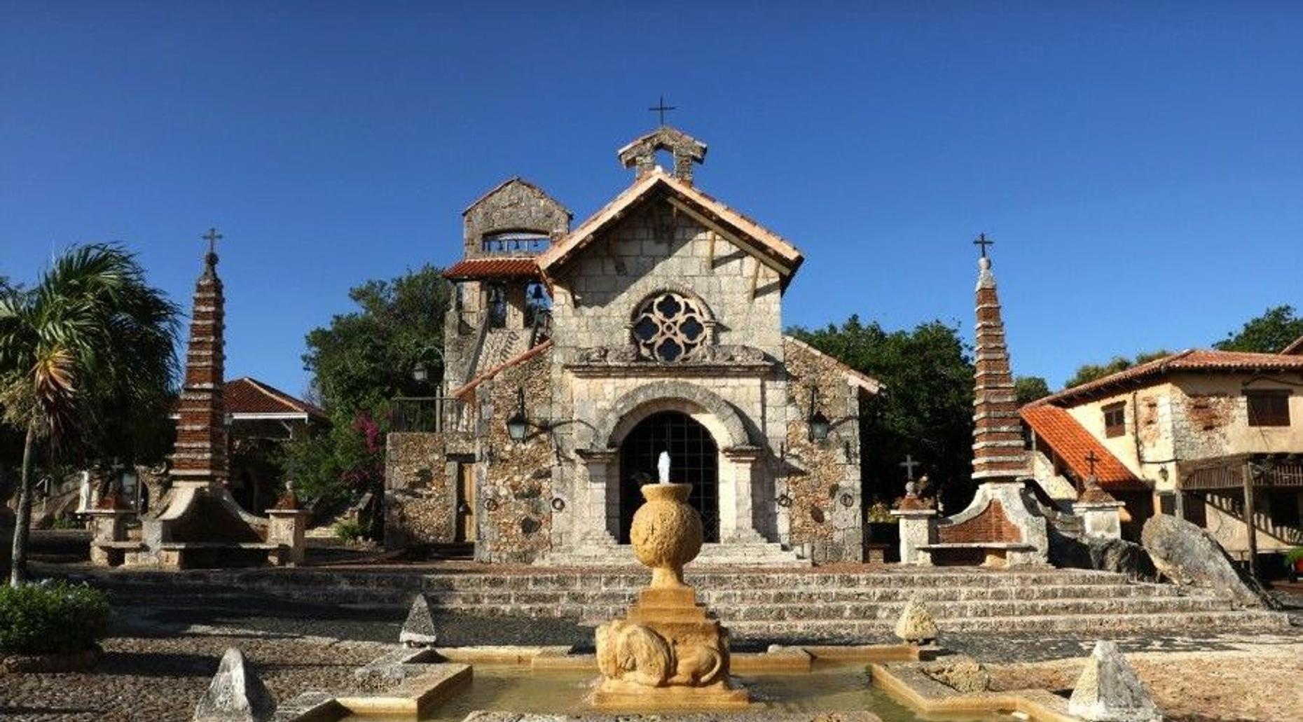 Santo Domingo Historical Island Tour Plus Shopping
