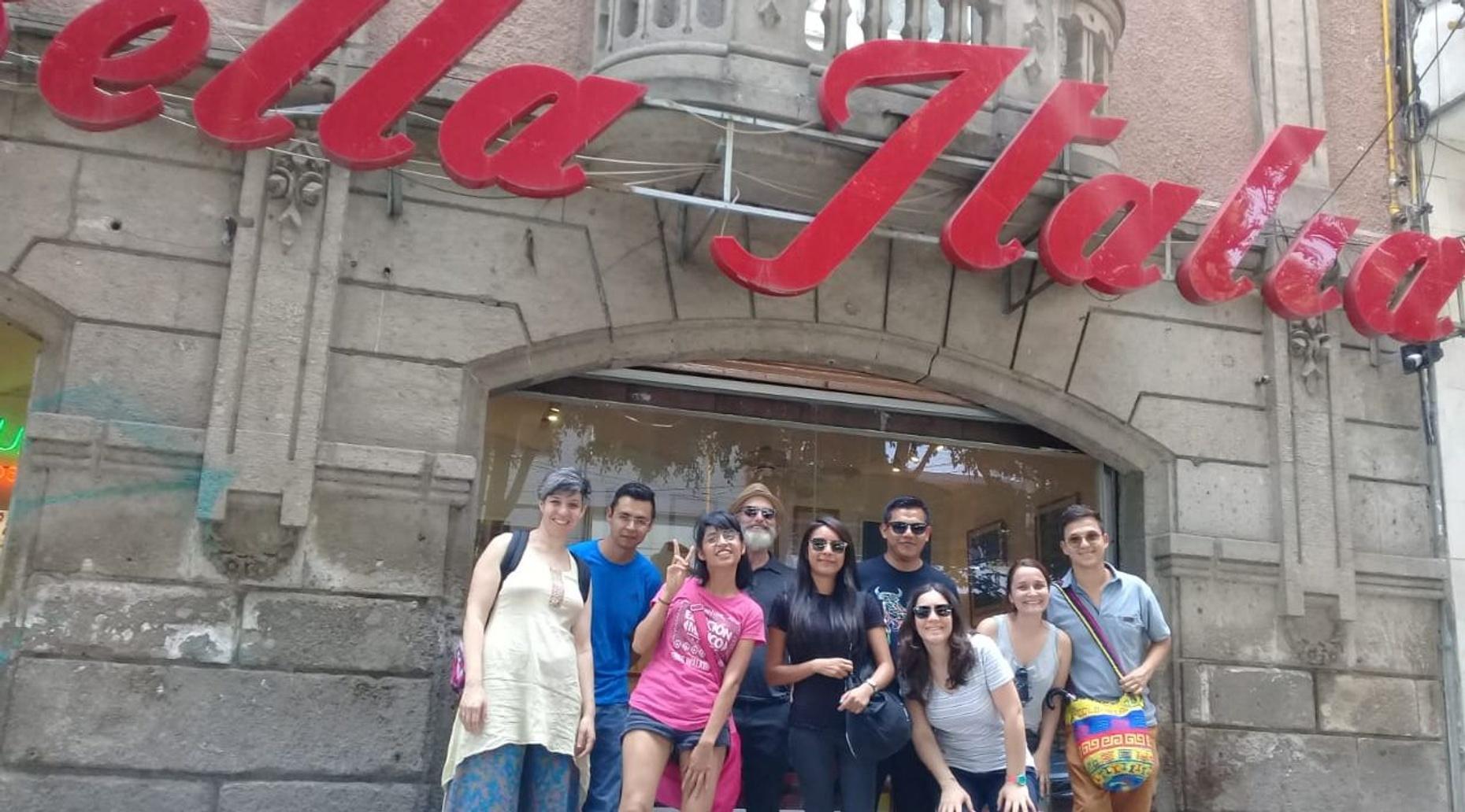 Roma-Condesa Free Walking Tour