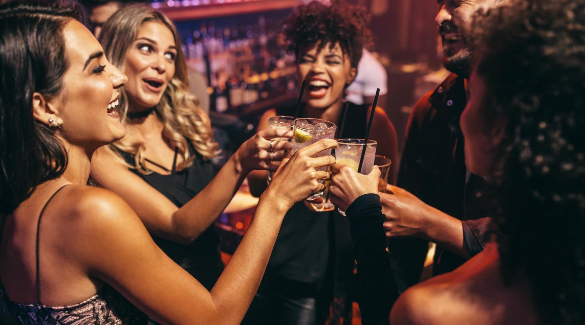 Guided Pub Crawl Through Bars & Nightclubs in Shoreditch, London