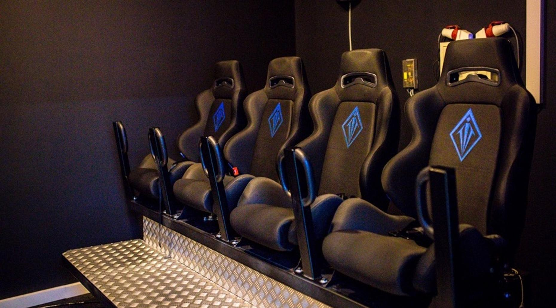 Virtual Reality 5D Cinema Attraction