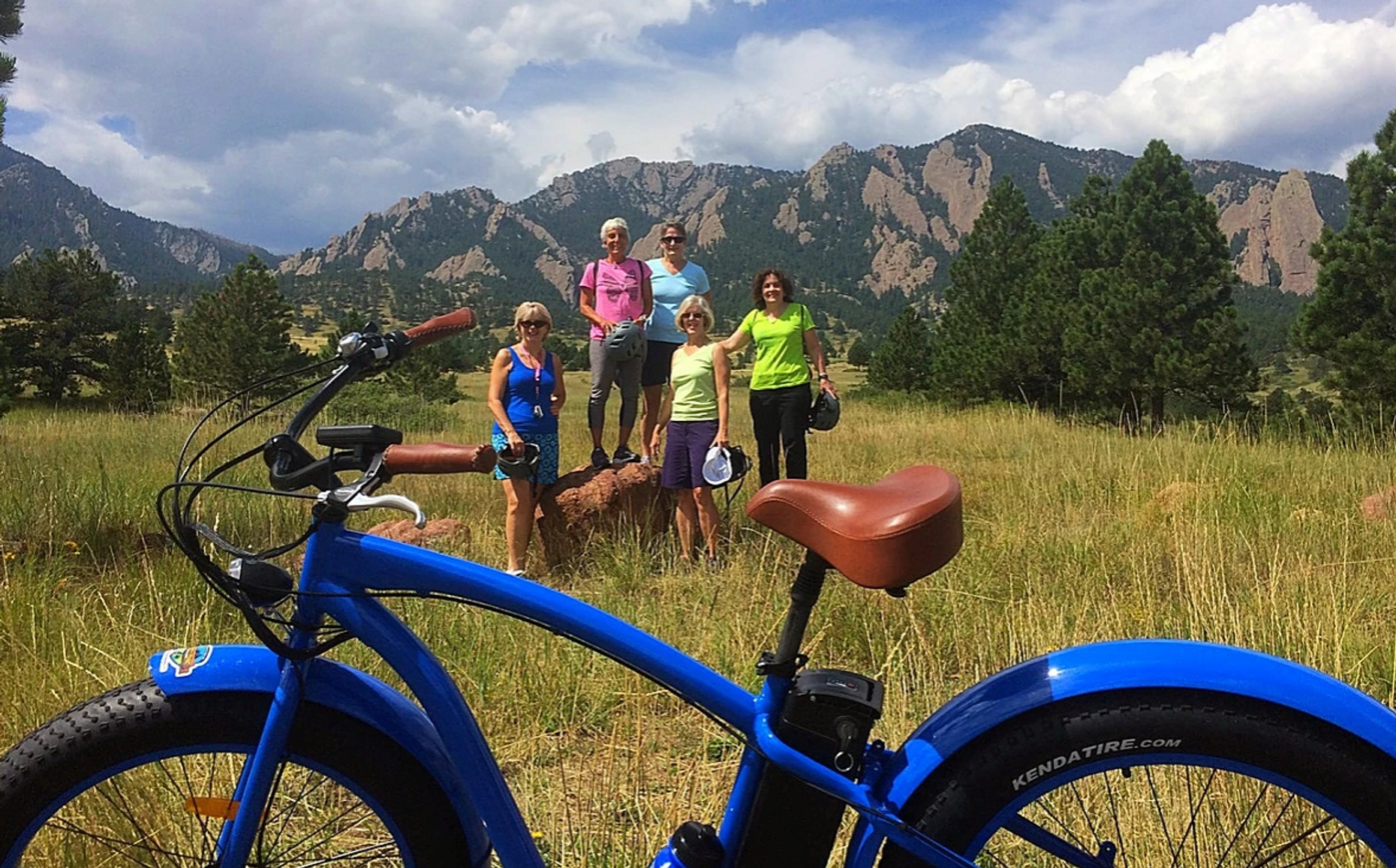3-Hour Guided Electric Cruiser Bike Tour of Boulder