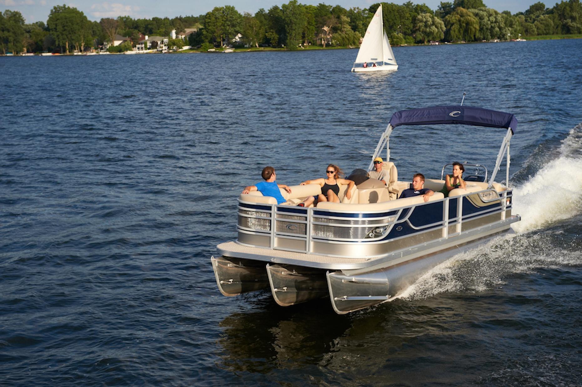 Three-Hour 22' Pontoon Boat Rental in Oak Creek