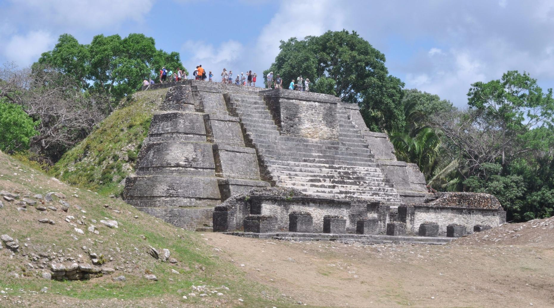 Private Altun Ha Ruins & Belize City Tour