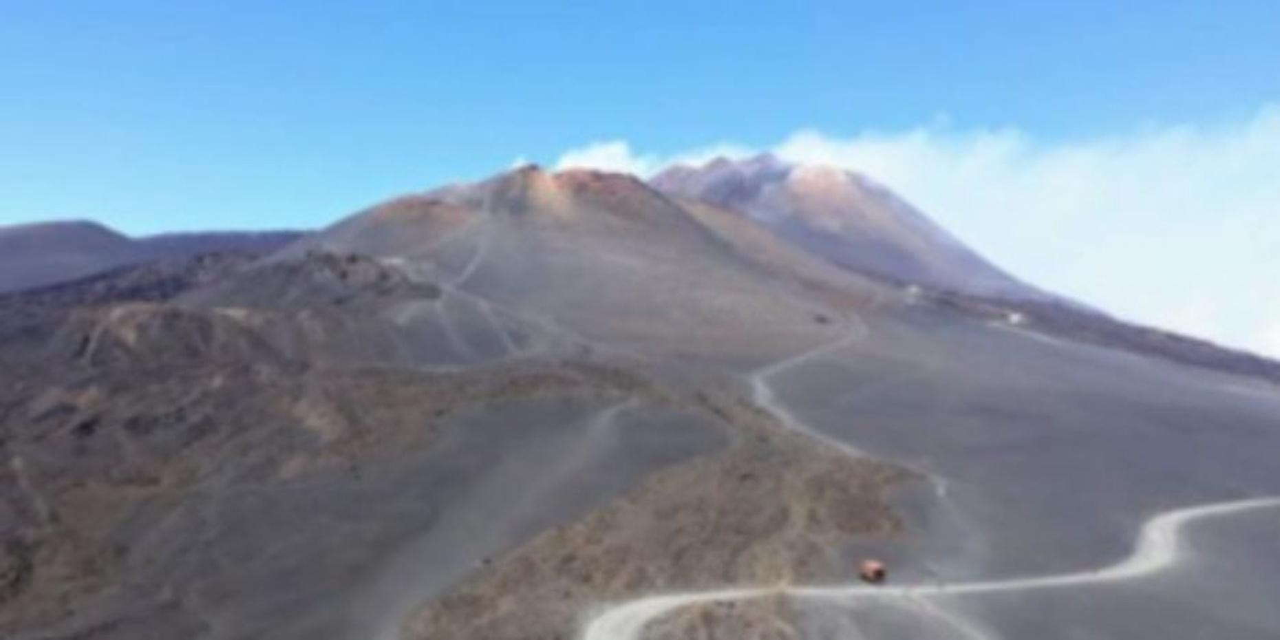 Private Etna Lava Desert Hiking Experience