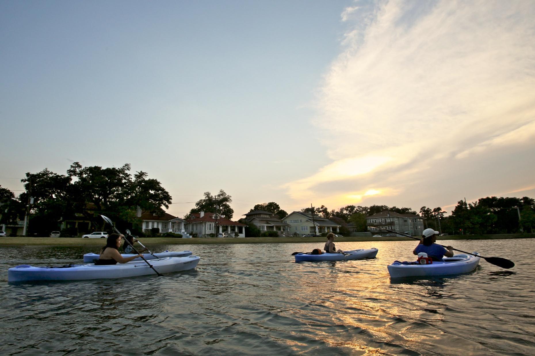 2-Hour Big Easy New Orleans Bayou Kayak Tour
