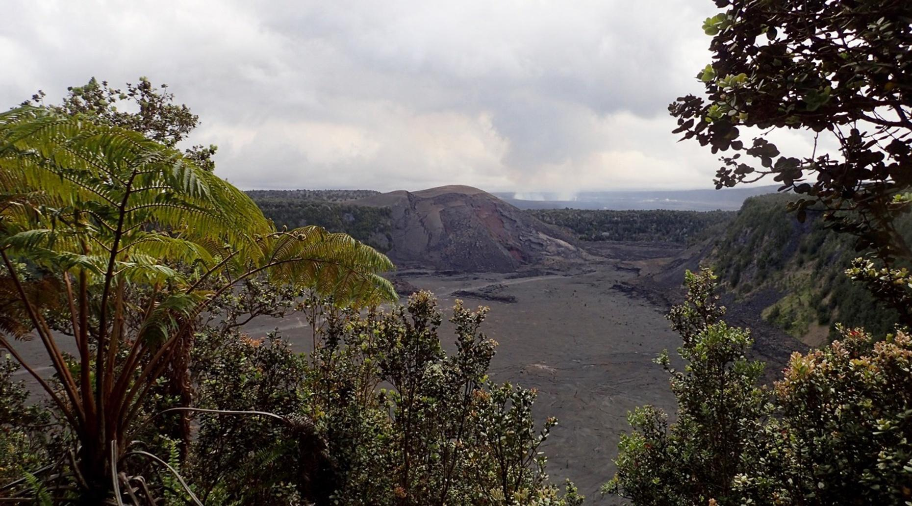Volcano Hiking Tour in Hawaii