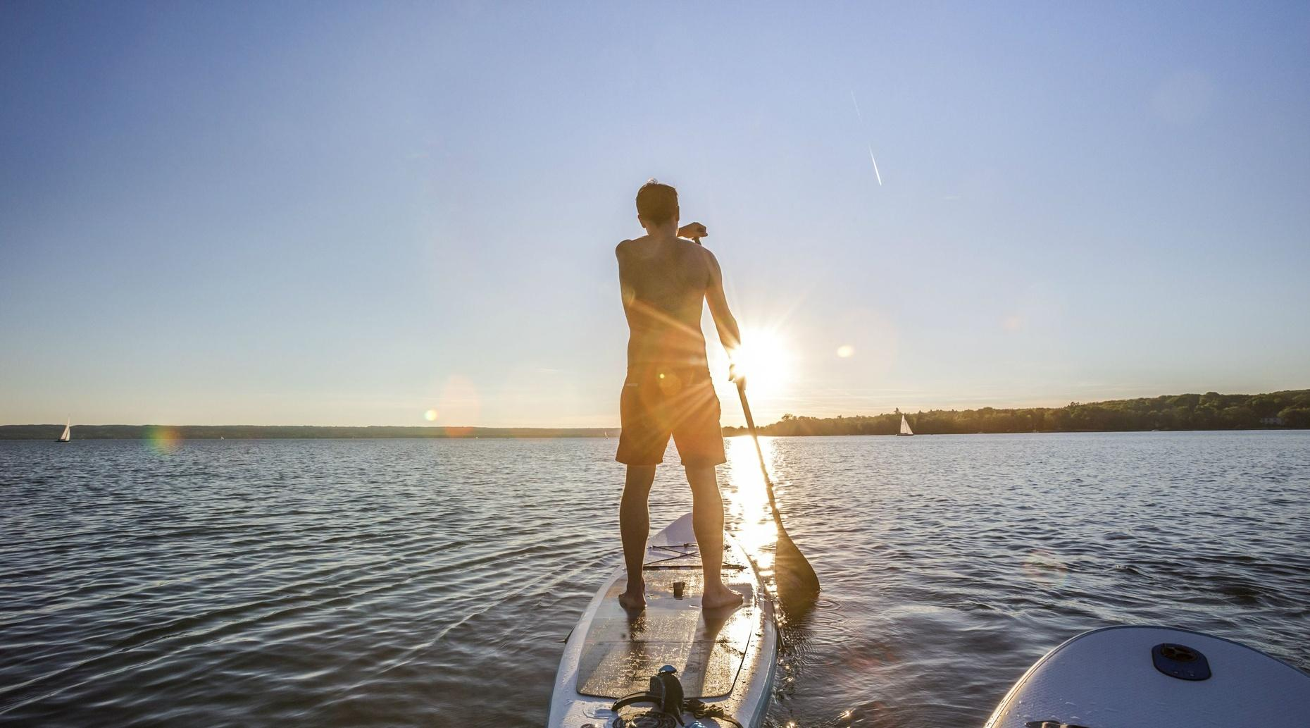 Stand-Up Paddle Boarding Camp in Seattle
