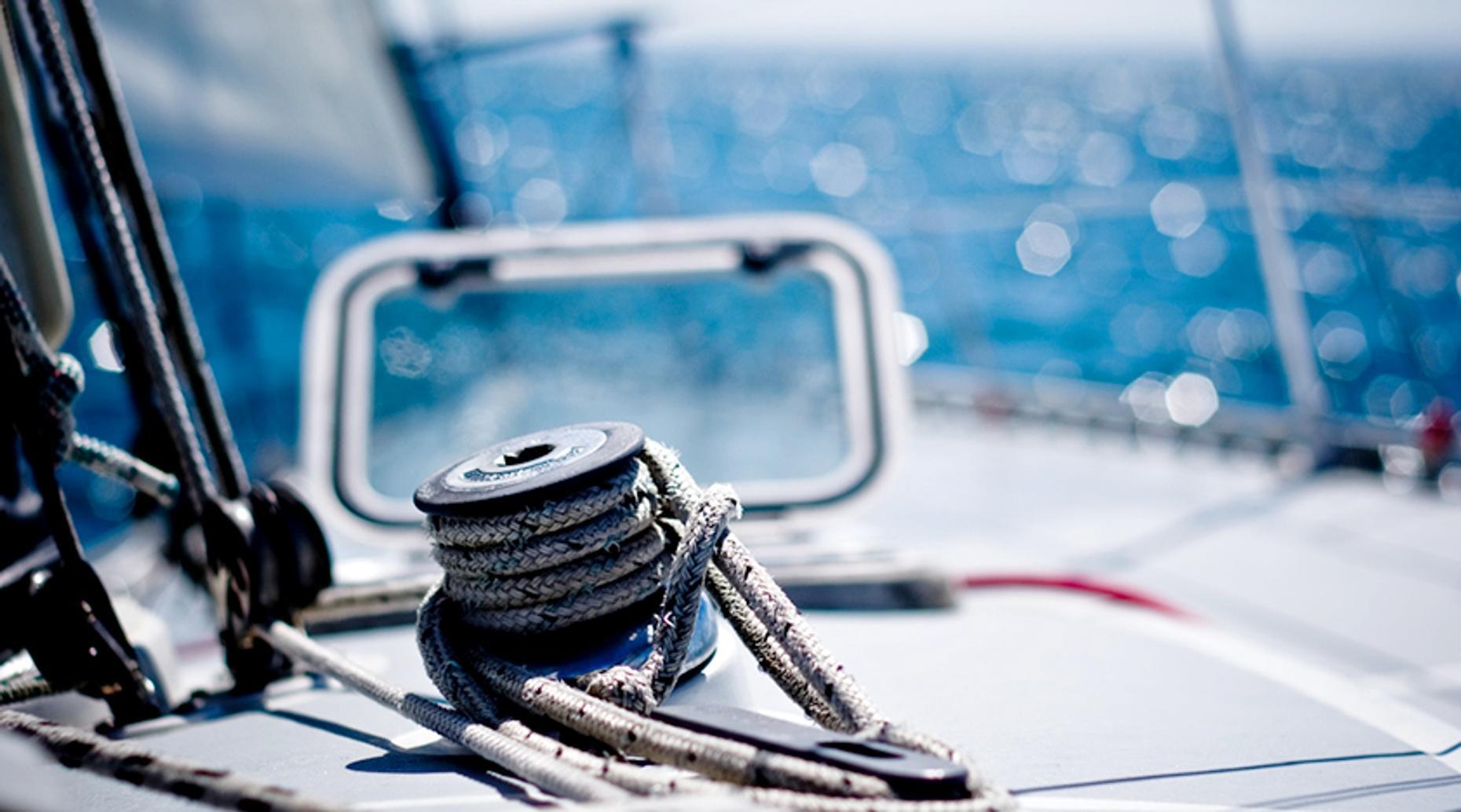 Apostle Islands Private Sailing Trip