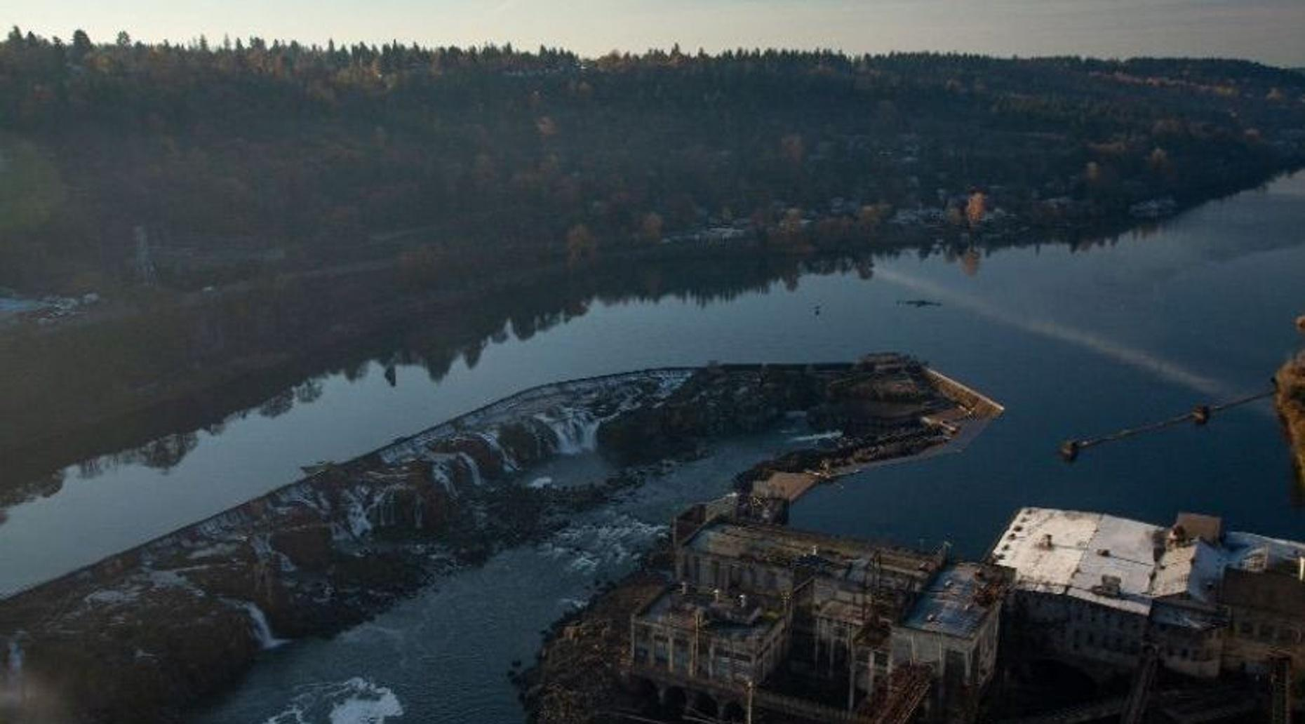 Willamette Falls Helicopter Tour