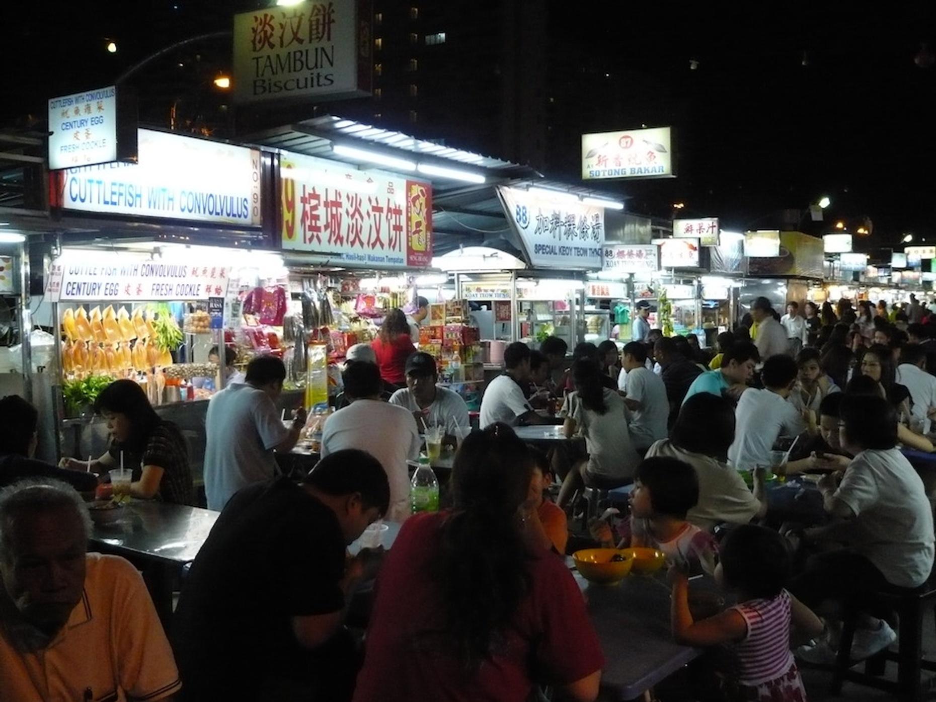 Evening Street Food Tour in Penang