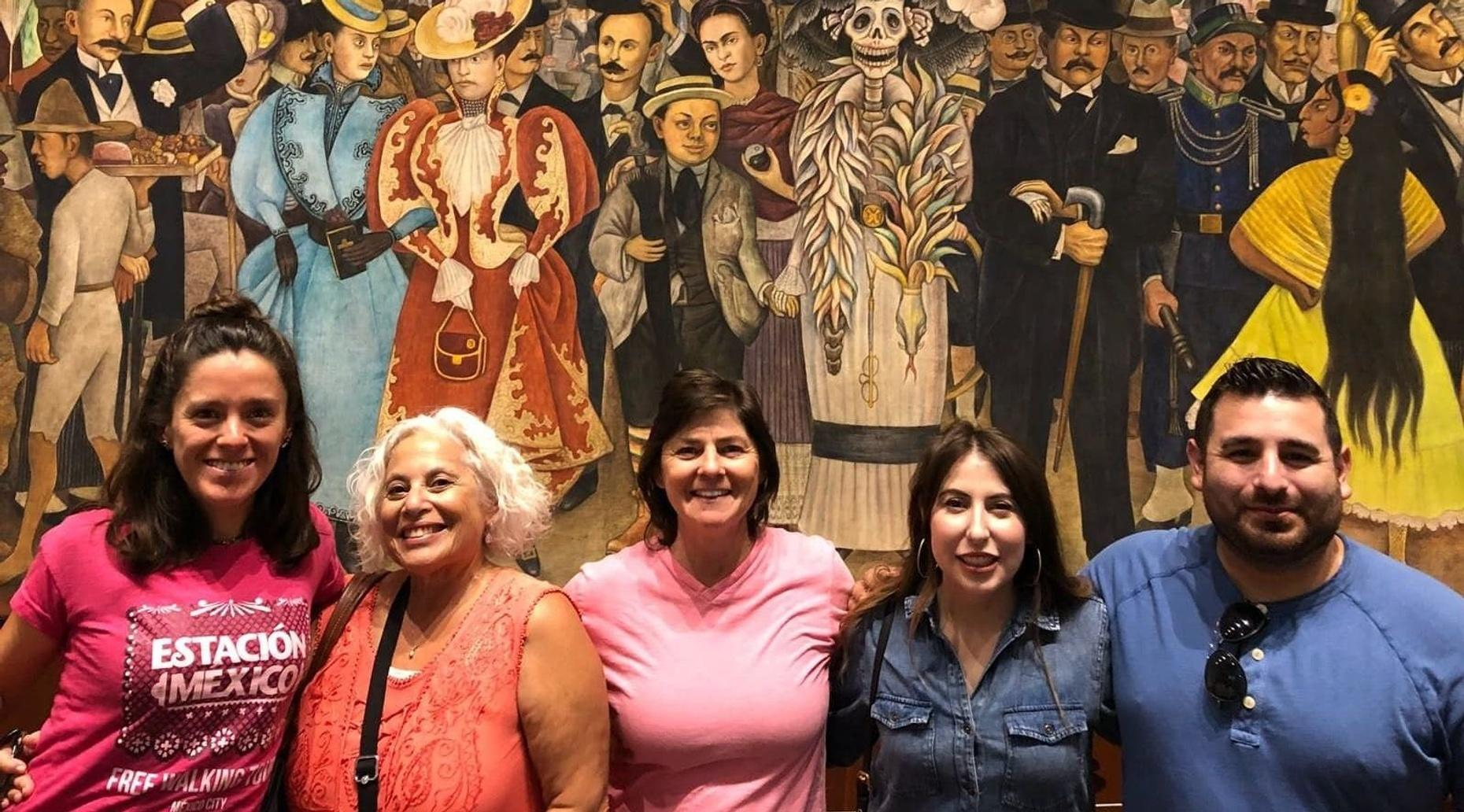 Mexican Muralism Art Tour in Spanish
