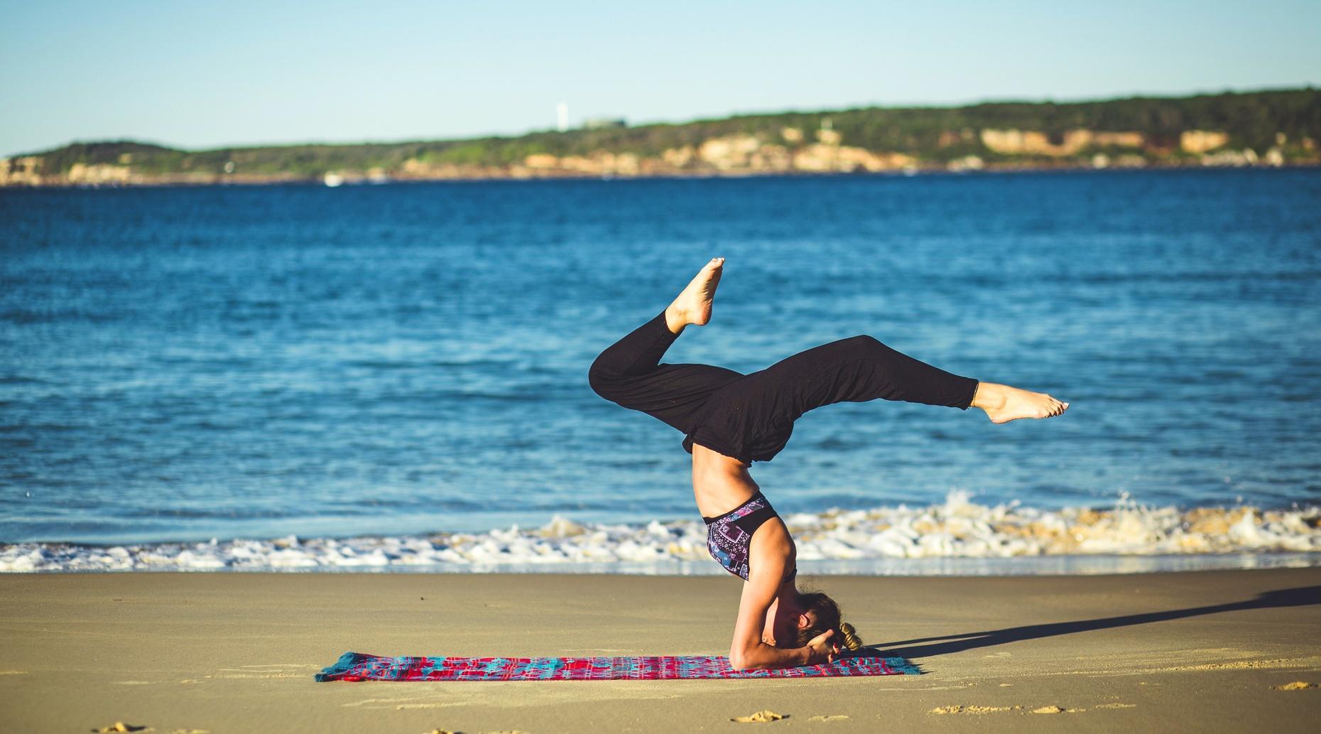 Hourlong Yoga Cruise on Lake Hopatcong