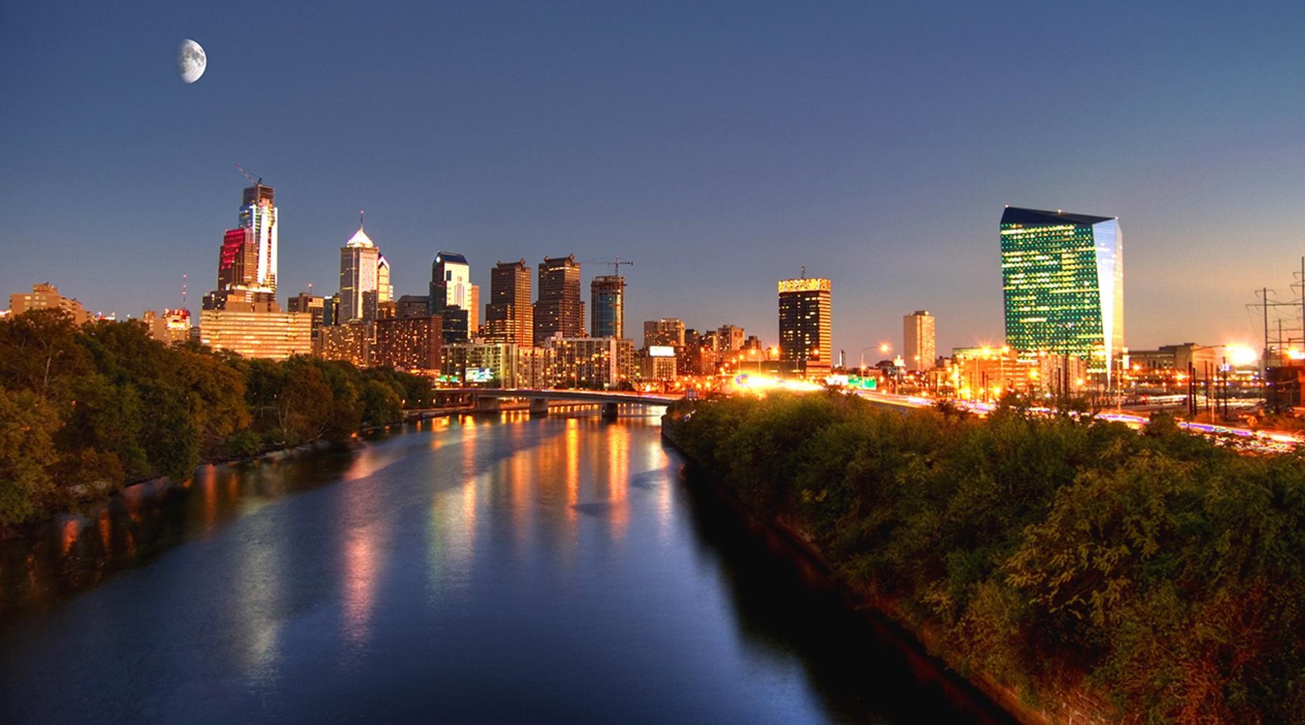 Nighttime Pirate Riverboat Cruise in Philadelphia