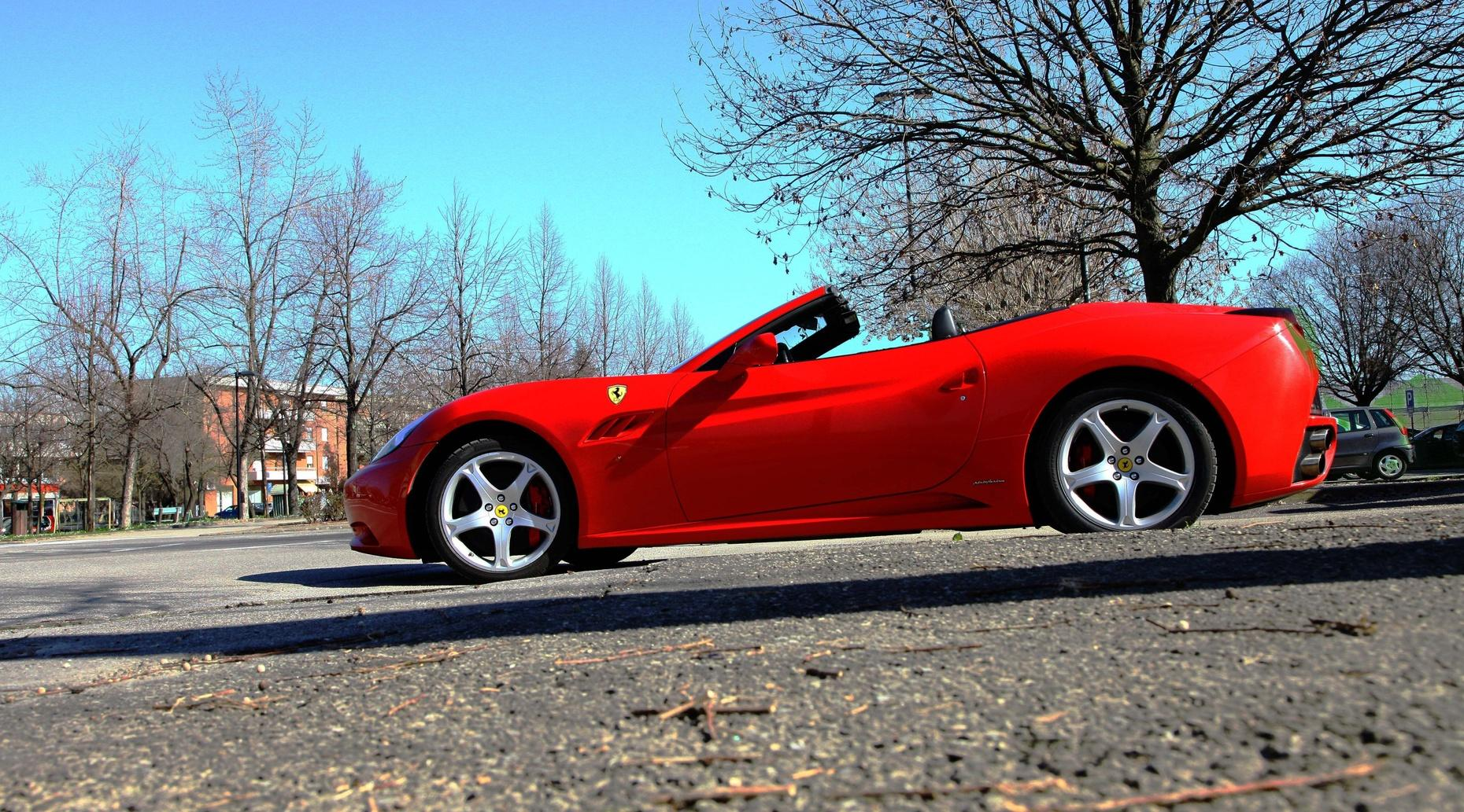 Guided Food & Ferrari Tour from Bologna
