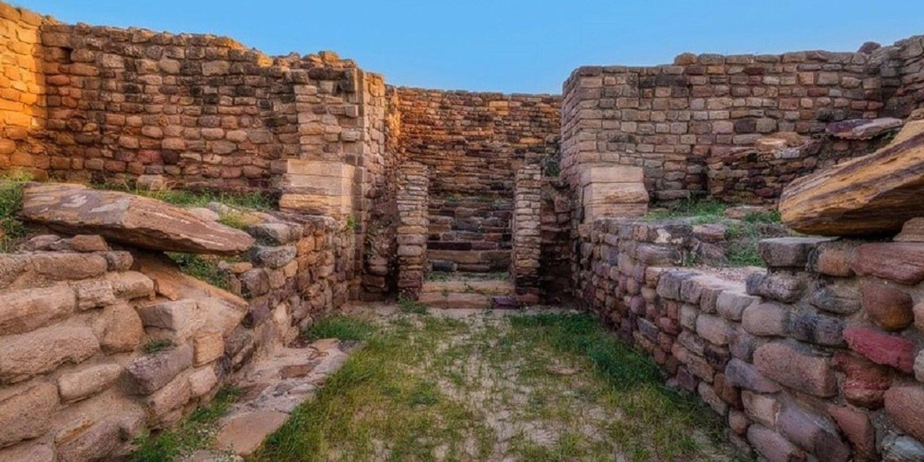 7-Day Archaeological Tour of India