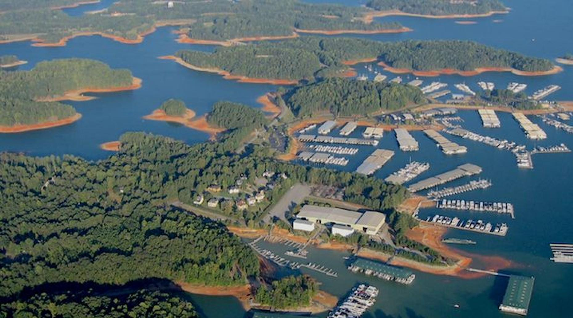 One-Hour Lake Lanier Helicopter Tour