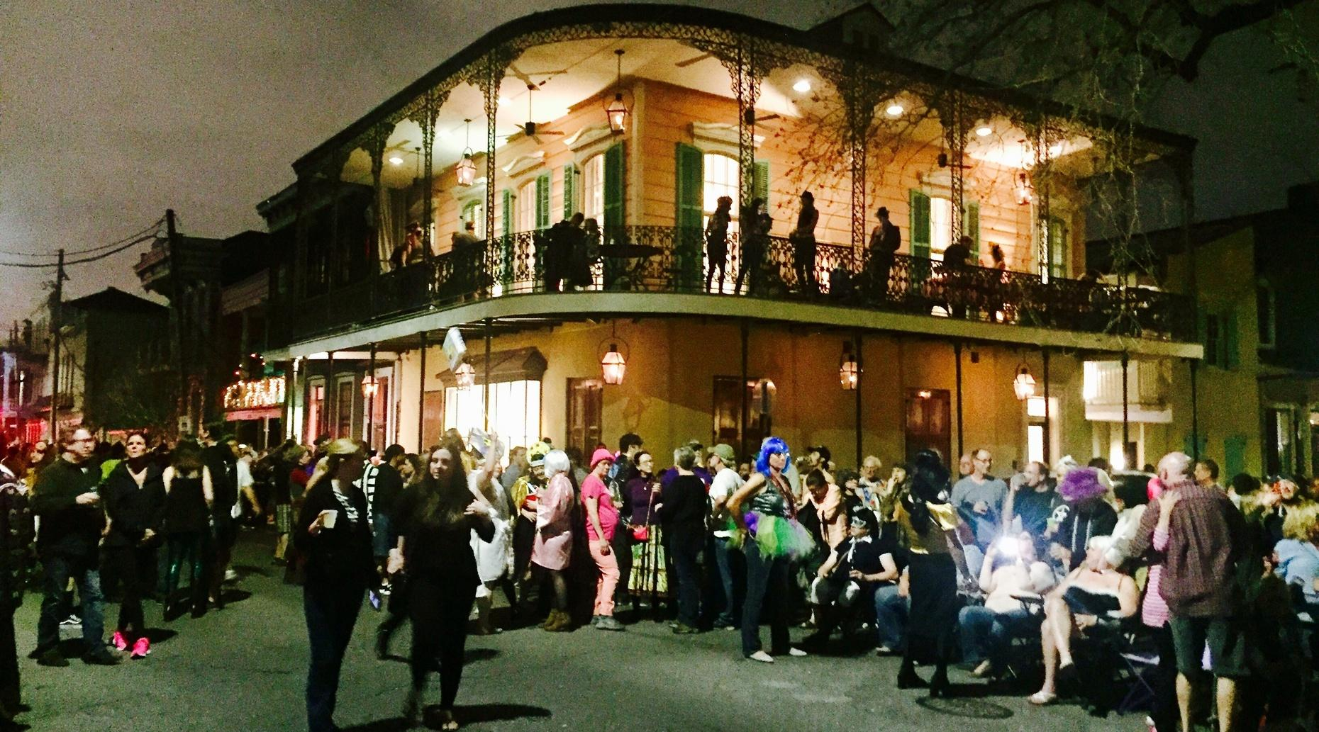 Marigny Happy Hour Walking Tour