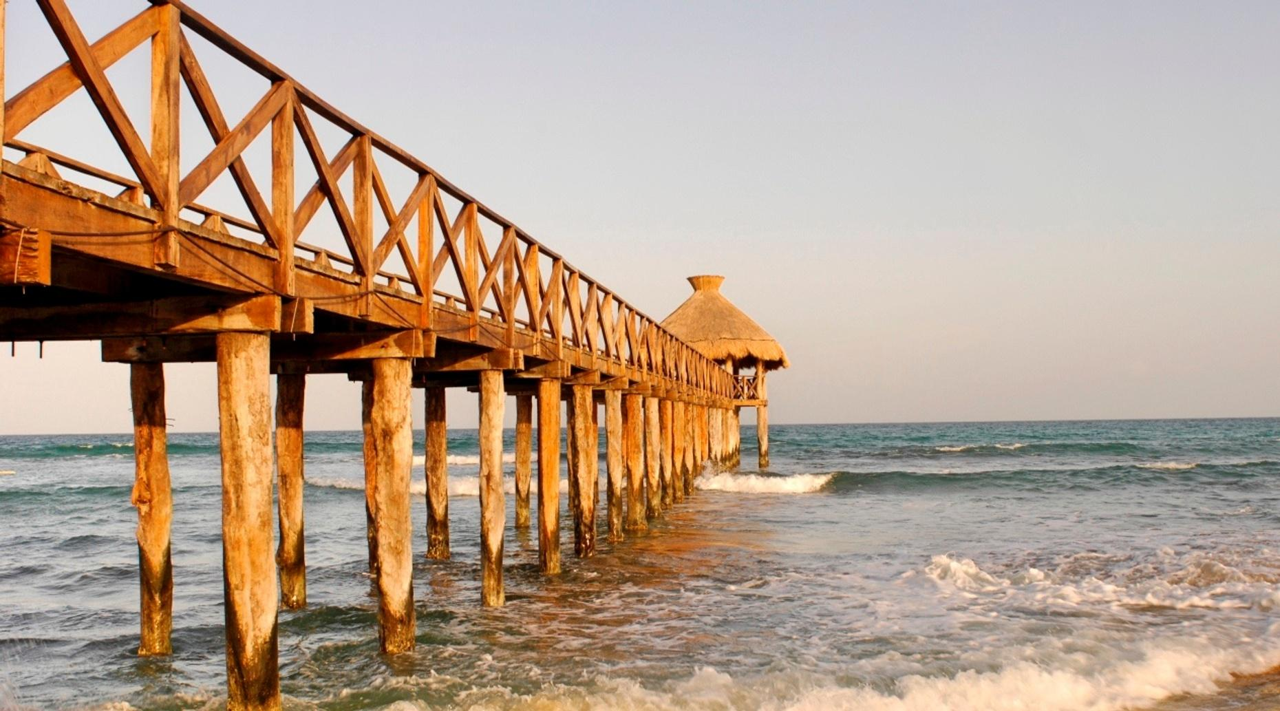 Round-Trip Transportation to Playa del Carmen from Cancun