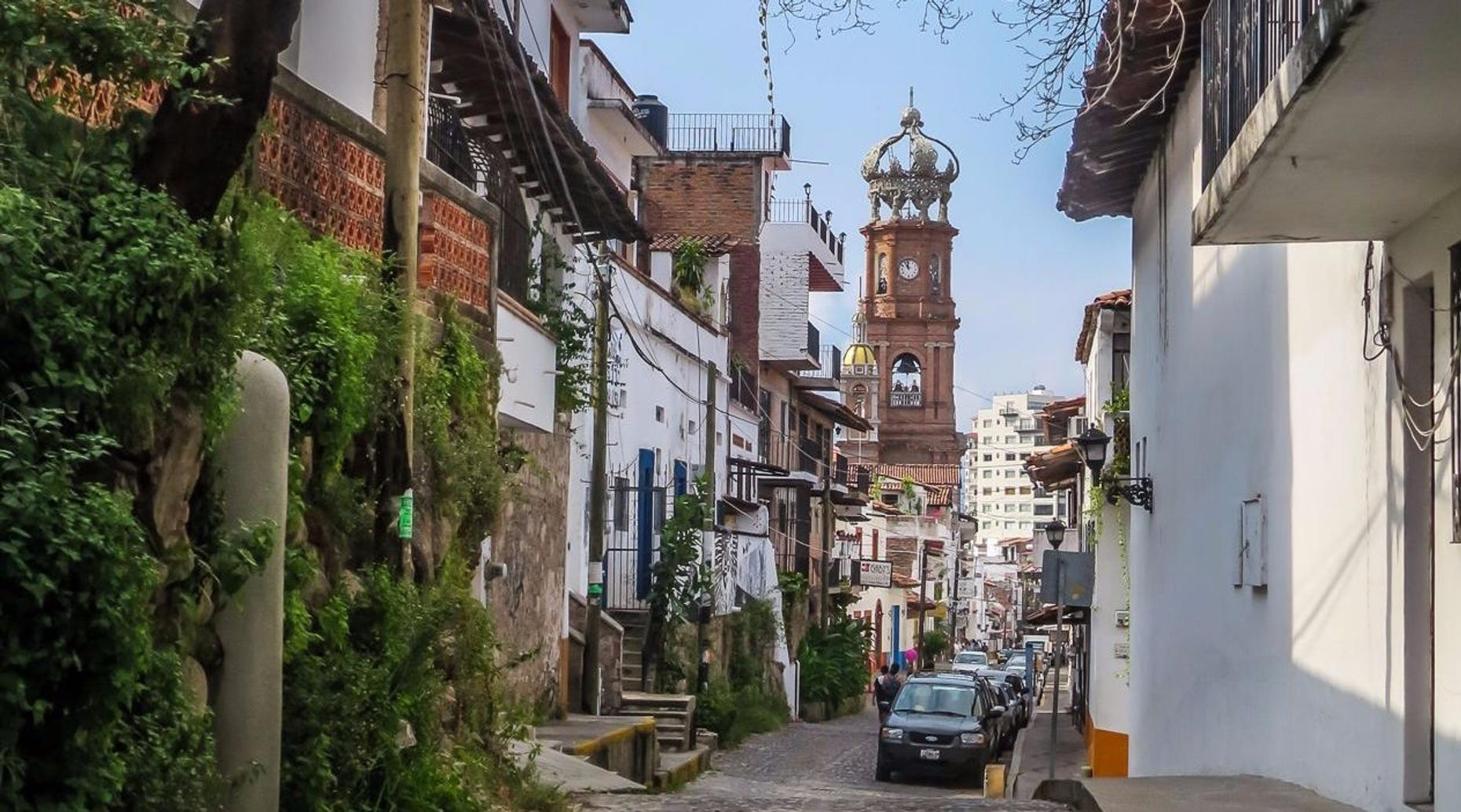 Vallarta Historic El Centro Walk