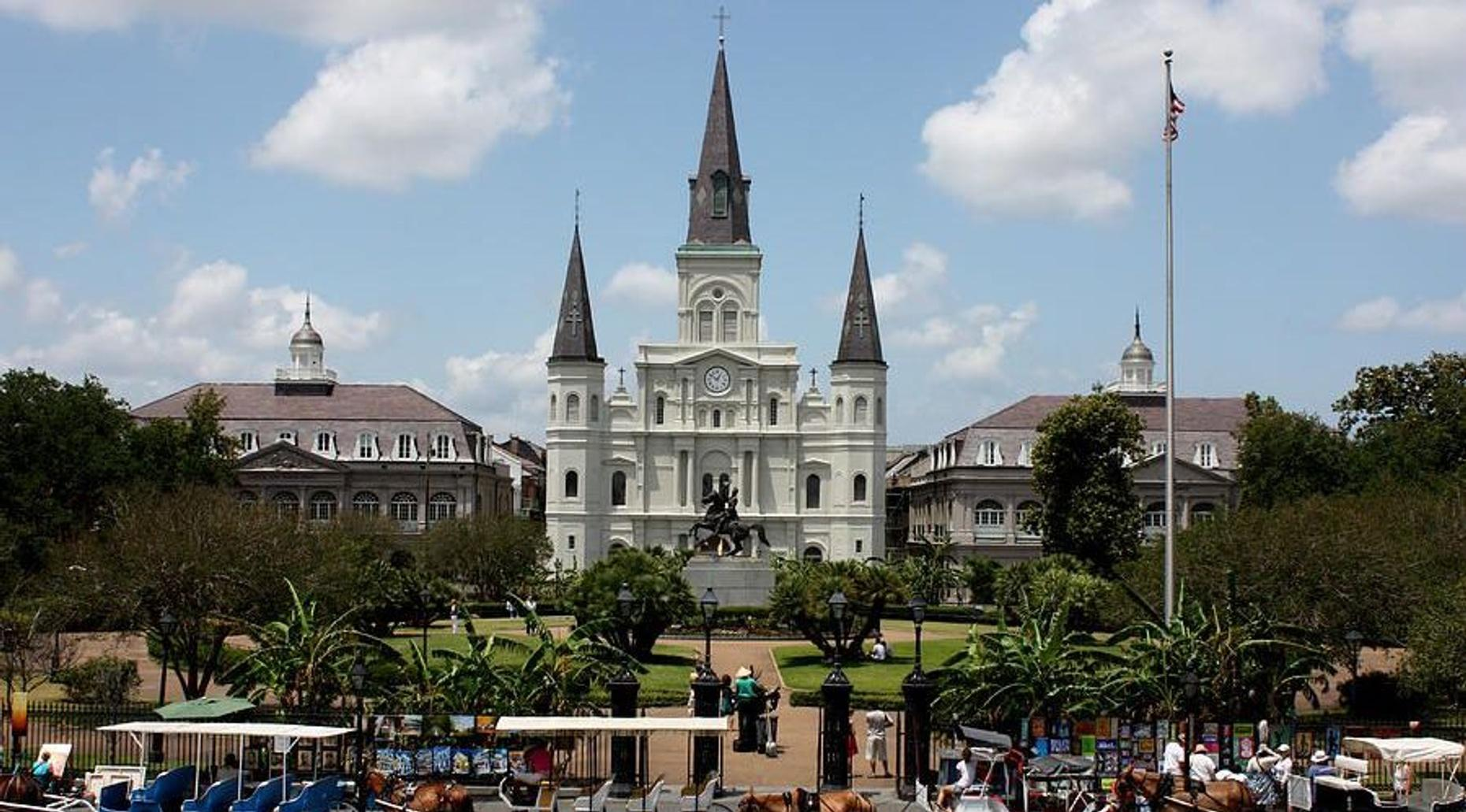 French Quarter Walking and Citywide Driving Tours Combined in New Orleans