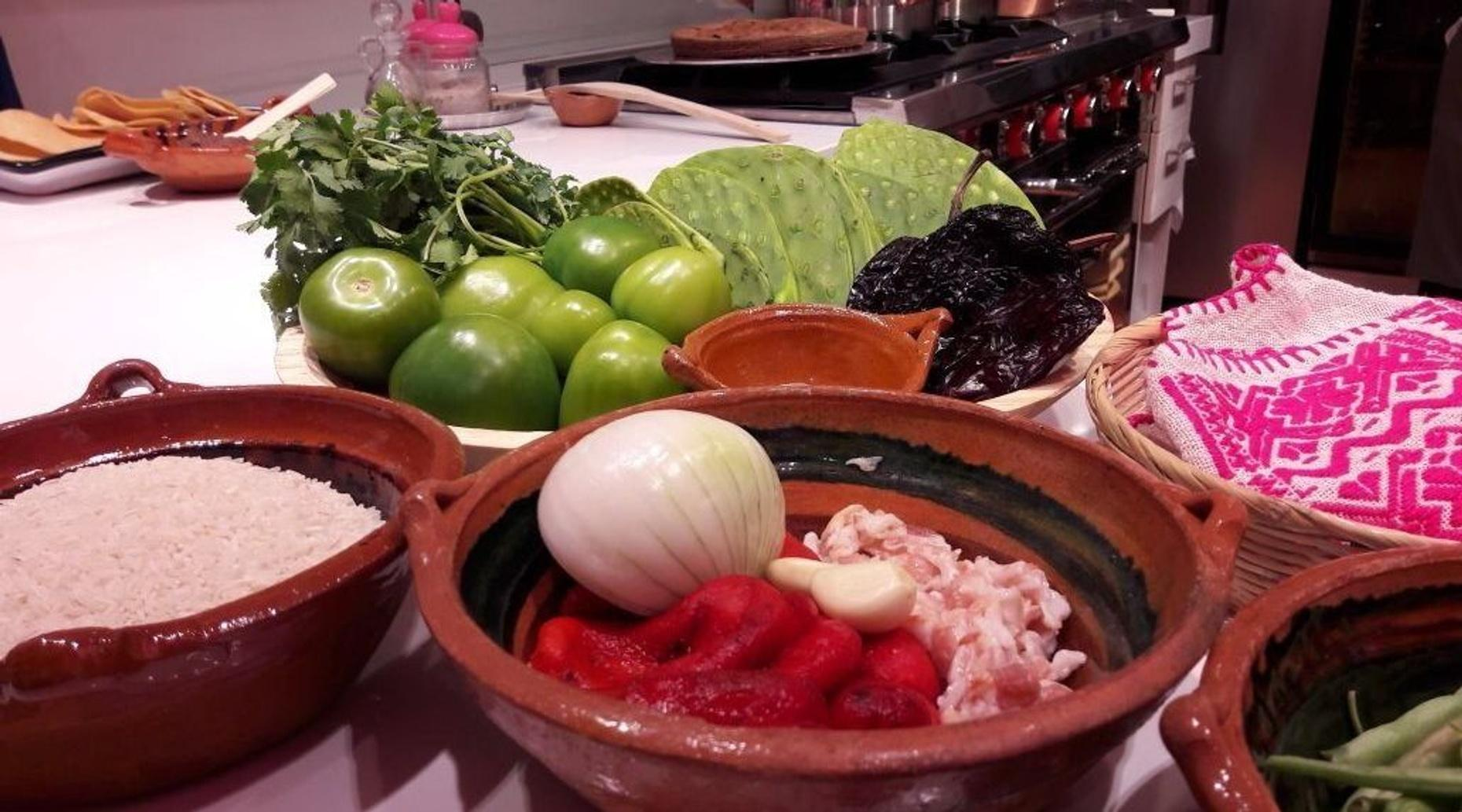 Mexican Salsa Cooking Class in Mexico City