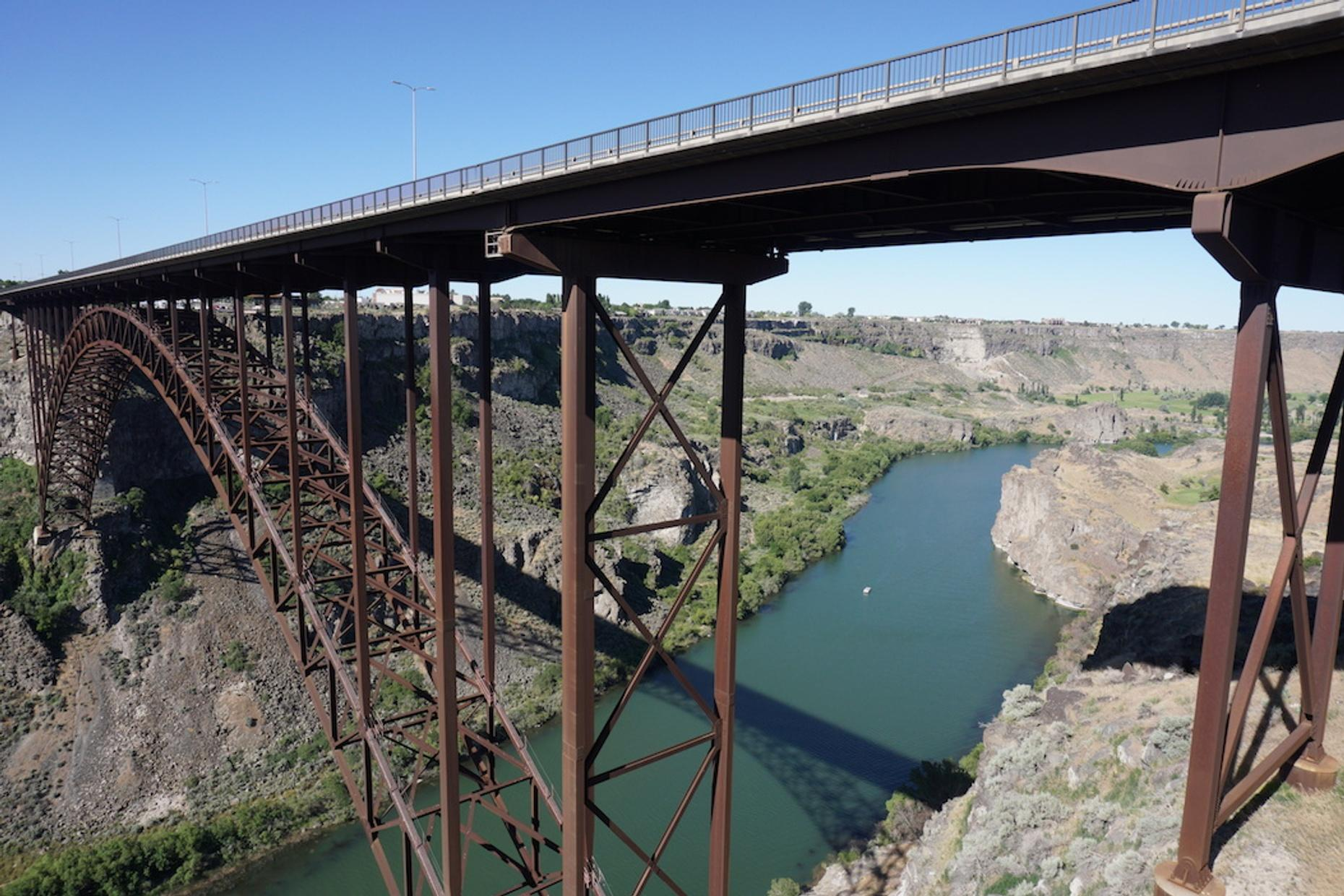 Perrine Bridge Tandem Base Jump in Twin Falls