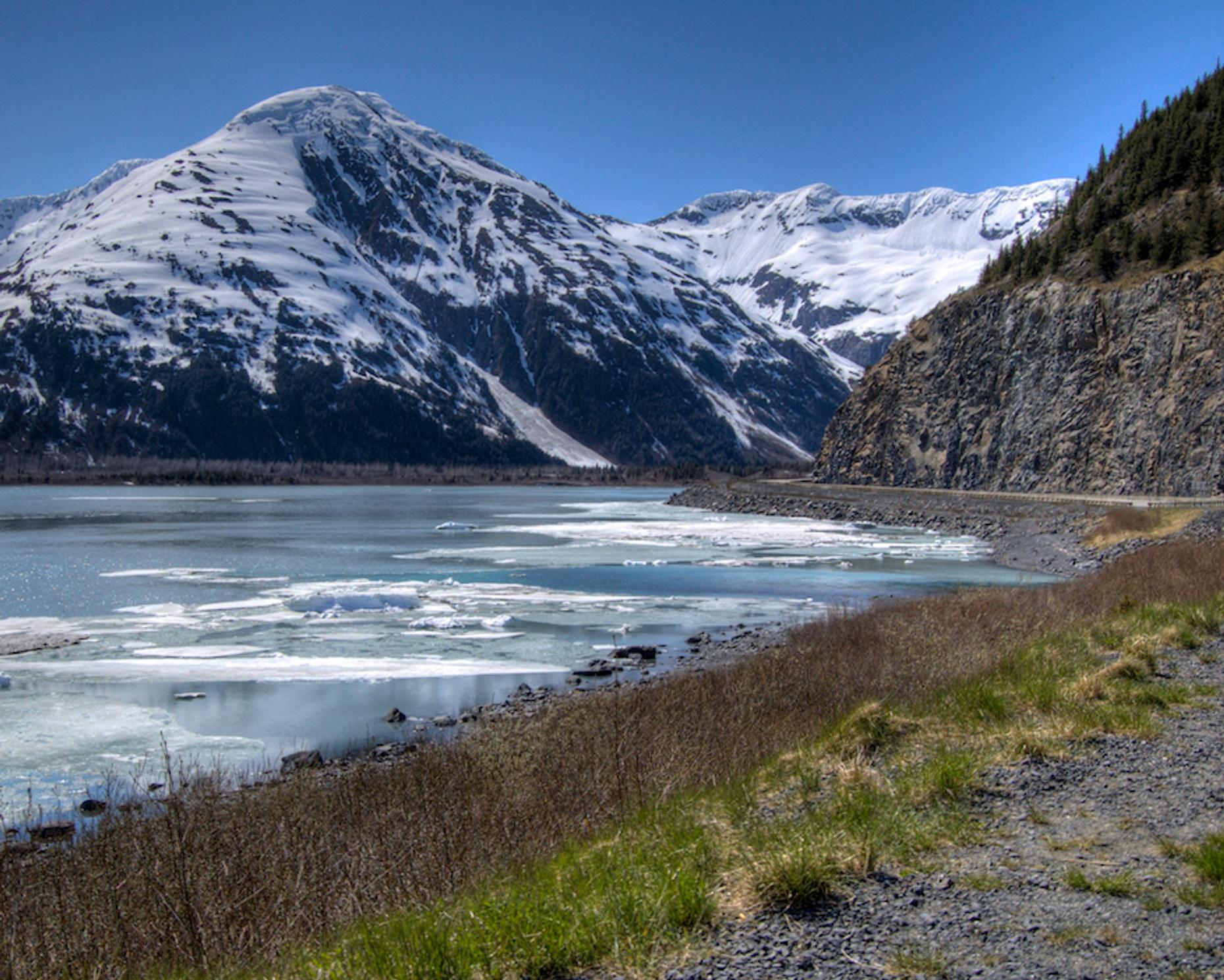 Direct Bus Transfer from Anchorage to Whittier