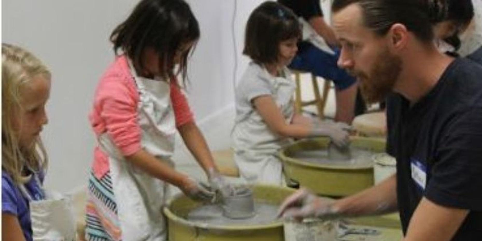 Kids' Ceramic Pottery Lesson in Berkeley