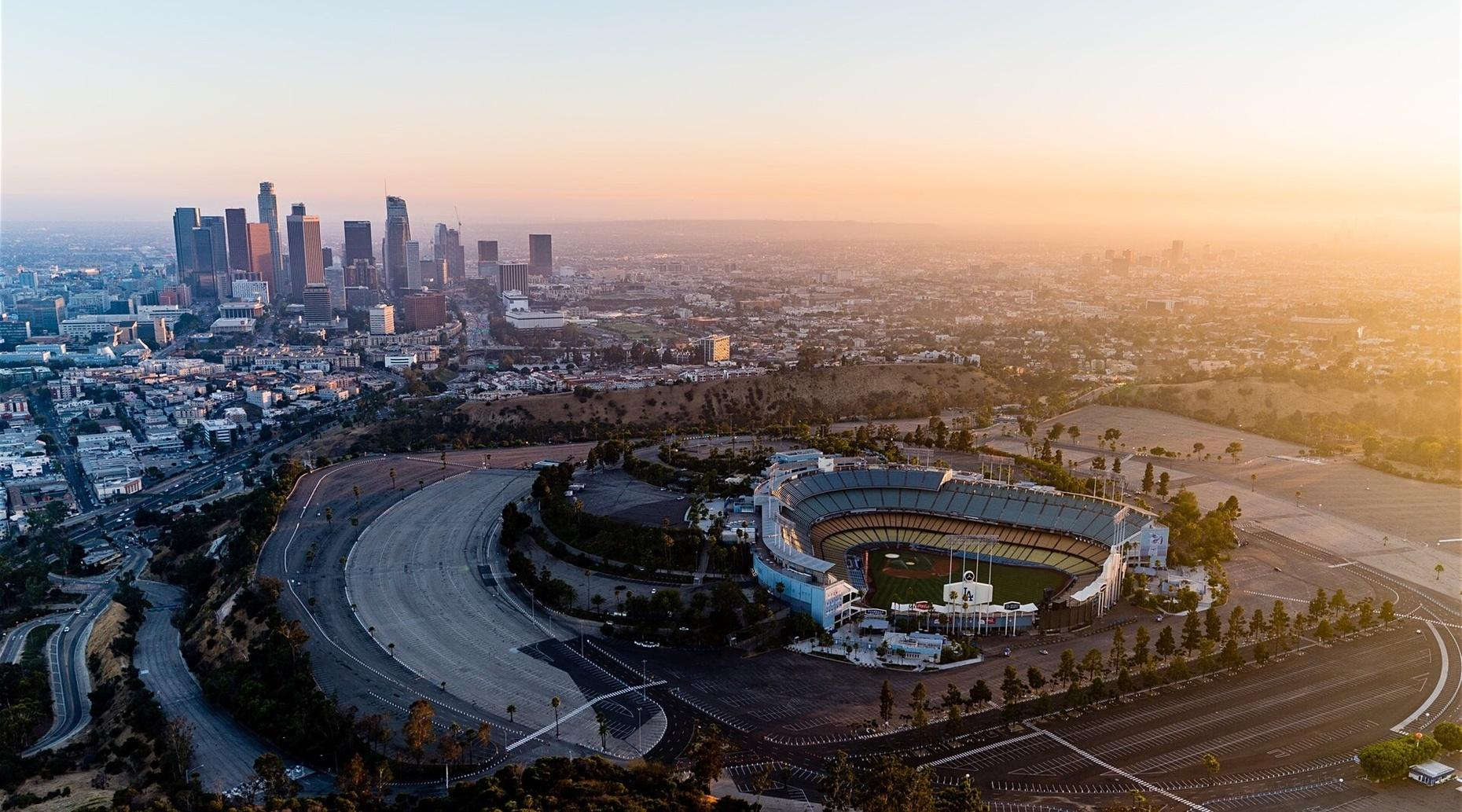One-Hour Downtown LA & Beach Helicopter Tour