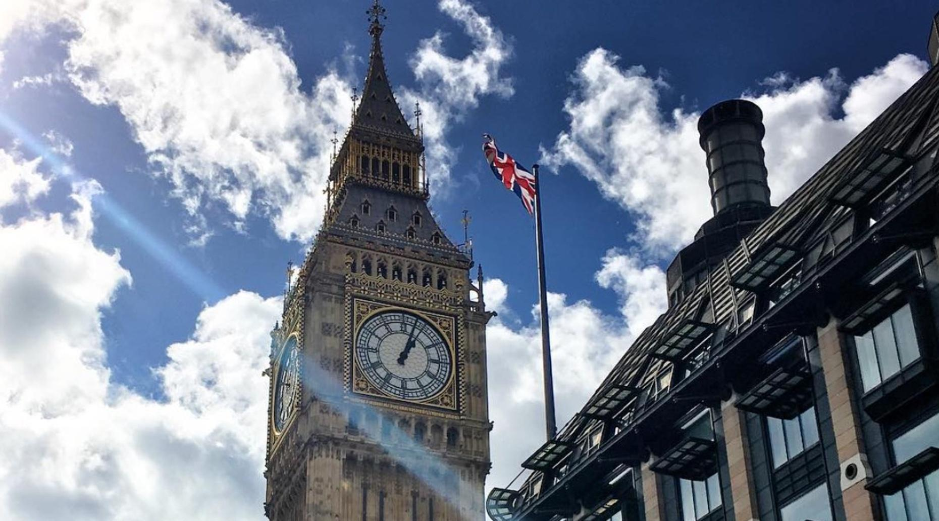 Private Half-Day Chauffeured Tour of London