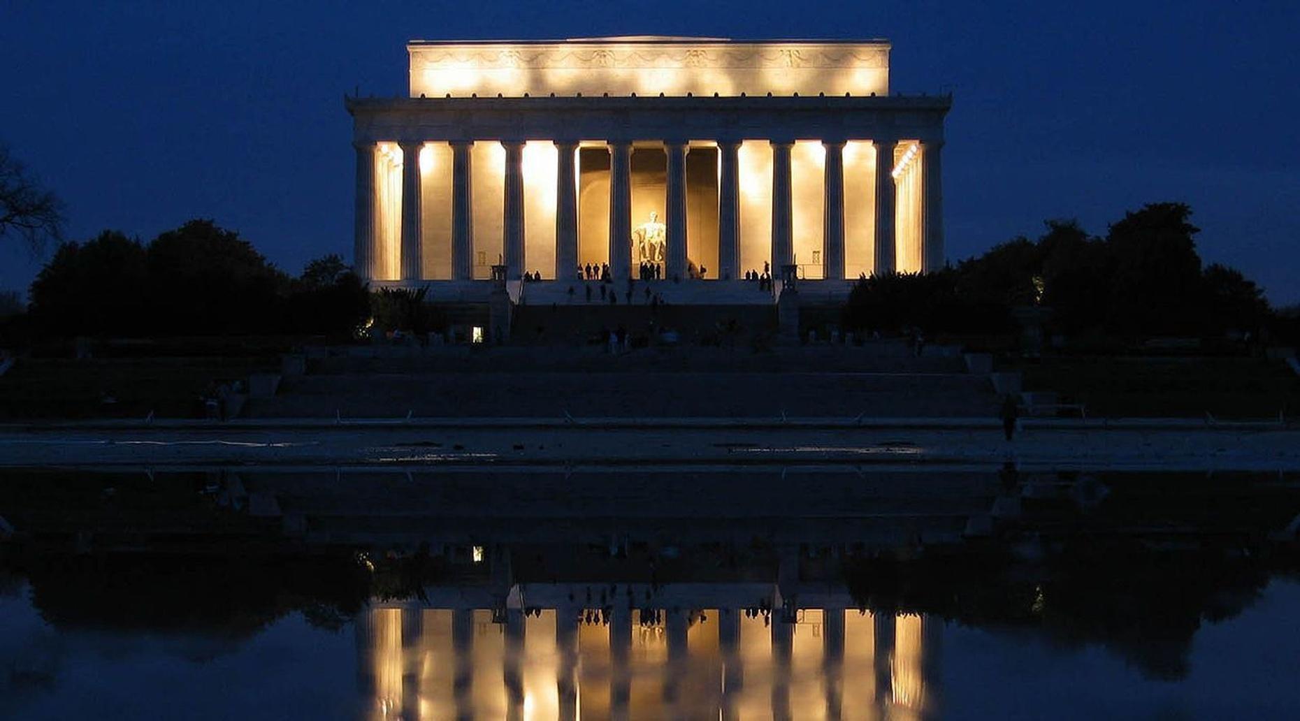 Private Washington D.C. Night Tour