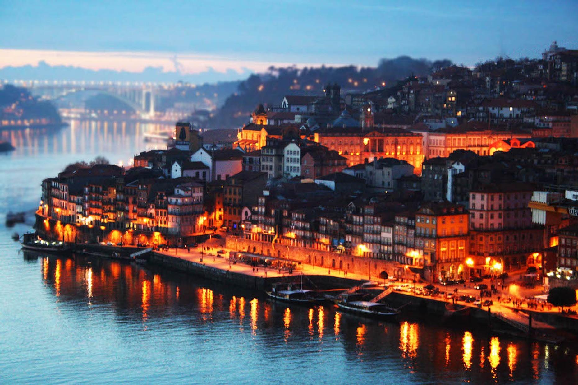 Guided Pub Crawl in Porto