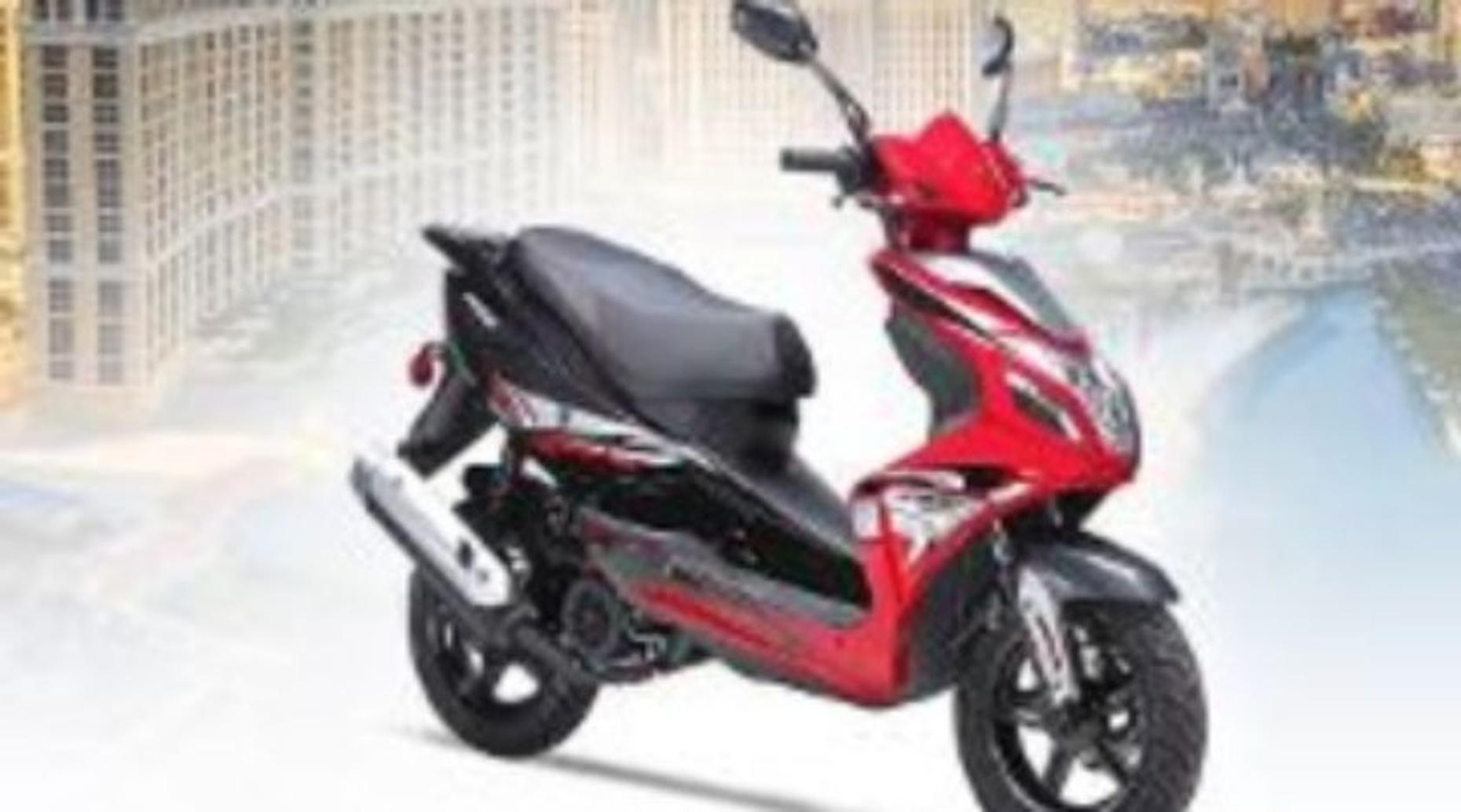 Full-Day 150cc Scooter Rental in Las Vegas