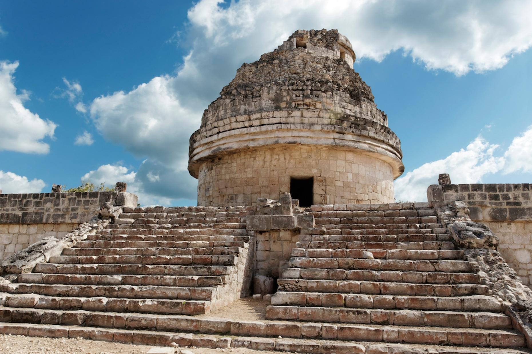 Chichen Itza Premium Tour in Spanish, Cenote Visit & Lunch