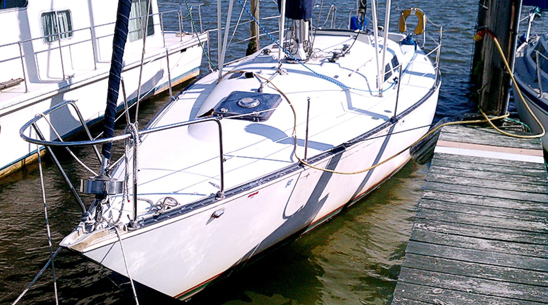 Potomac River Captain Your Own Yacht