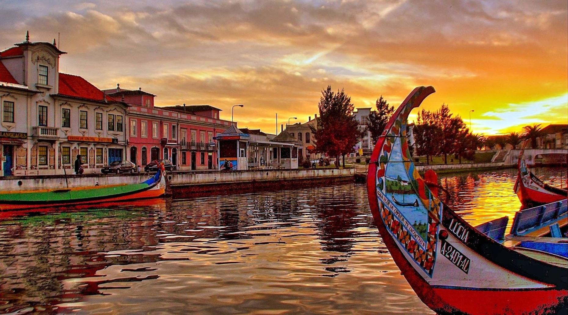 Guided Tour & Boat Trip in Aveiro from Porto