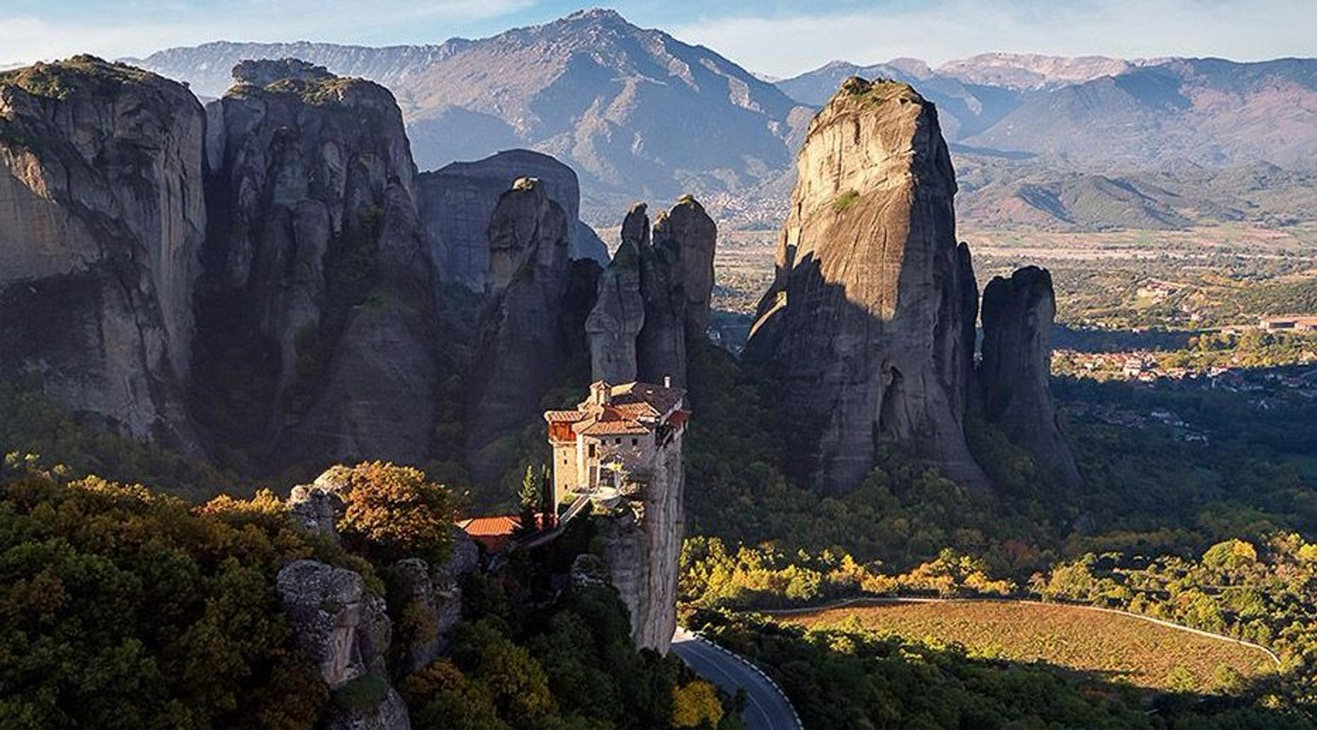 Full-Day Meteora Monasteries Tour in Greece