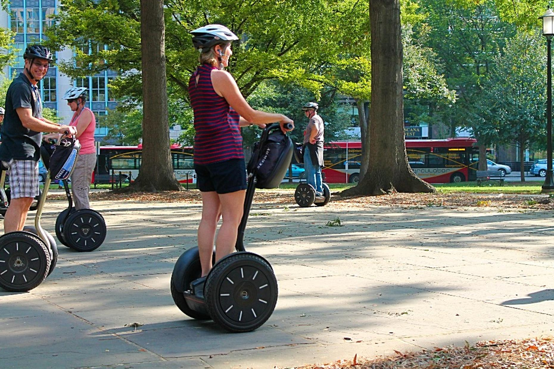 Segway Lakefront and Museum Tour in Chicago