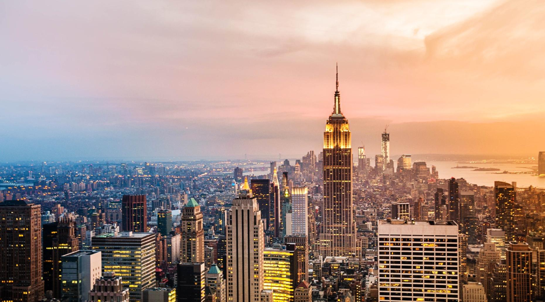 30-Minute Sunset Helicopter Tour in New York City